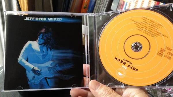 Jeff Beck-.jpg