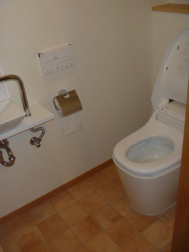 気になる匂いを解消!トイレのリフォーム