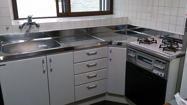 使いやすさそのまま!キッチンと内装リフォーム