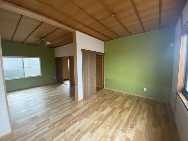 2階を無垢床に快適リフォーム