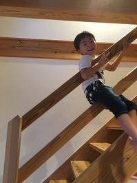 ⑥発見!新しい階段の降り方?.JPG