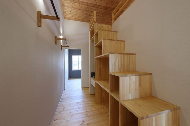 間口4mに建つスマートハウス